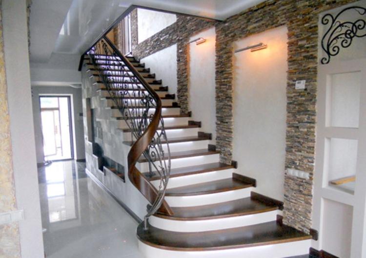 купить лестницу в Минске