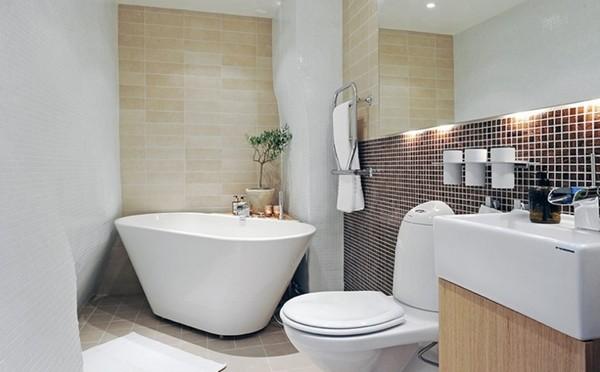 small-bathroom-modified-1471-600x372